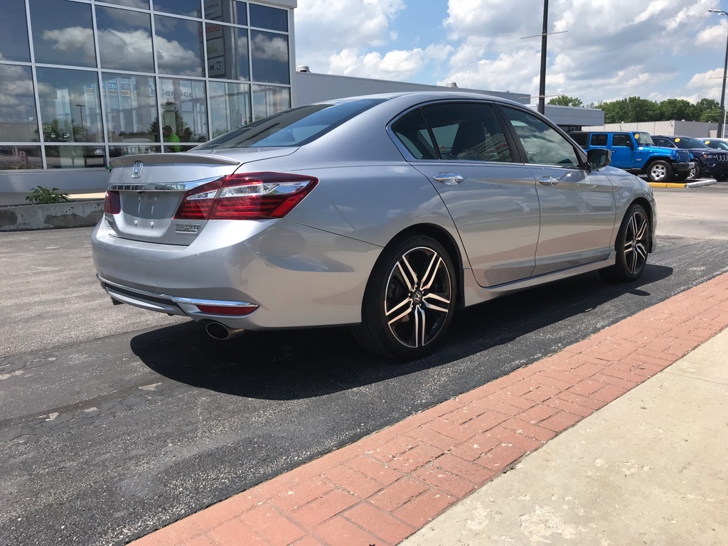 Honda Accord Sport Special Edition >> Pre Owned 2017 Honda Accord Sport Special Edition 4d Sedan In