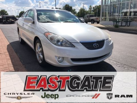 Pre-Owned 2004 Toyota Camry Solara SLE